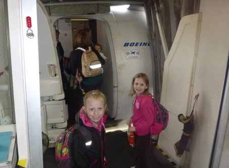 What to pack - flying with kids!