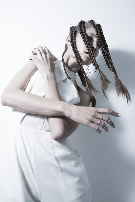 LOOK01_white-obsession_Boa-C___26B0894_7