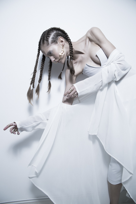 LOOK03_white-obsession_Boa-C___26B1048_7