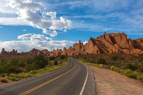 road-1802030__340.jpg