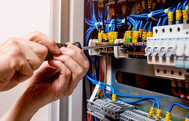 Electrician in Dubai