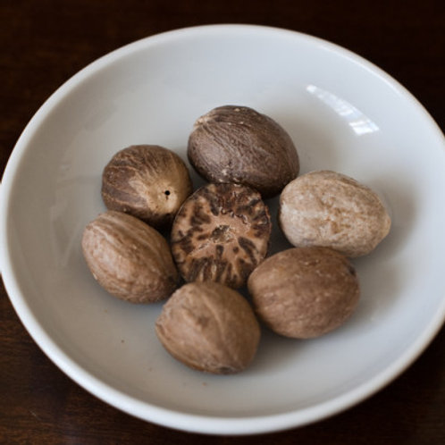 Whole Nutmeg (1kg)