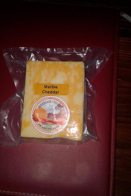 Marble Cheddar (1kg)