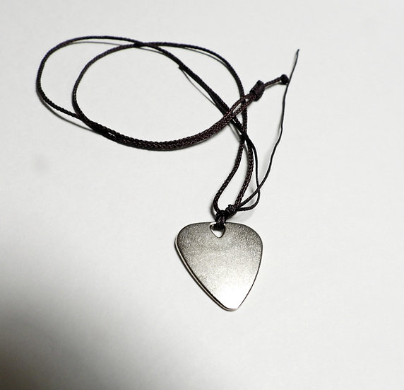 Metal Pick/Necklace (Silver)