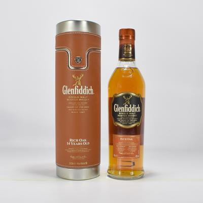 Glenfiddich 14 Rich Oak - גלנפידיך 14 ריץ' אוק קופסת עור