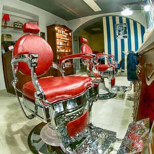 alley_barber_shop_sedie.jpg