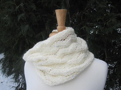 Icicle Lace Cowl