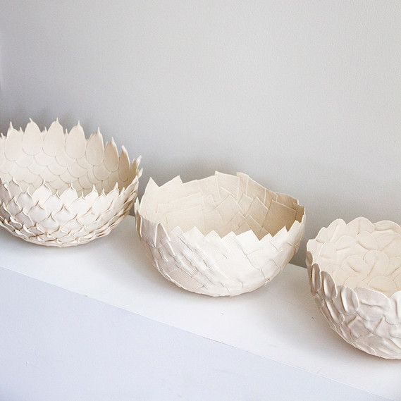 3whitebowls7.jpg