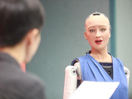 曾獲公民權的AI機器人「Sophia」,今年底將量產!疫情下有哪些應用?