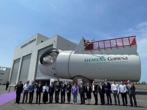 亞太首座風機機艙組裝廠於台中落成,打造 111 顆「風機心臟」