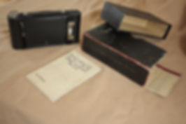 Kodak No. 2 Autographic folding pocket brownie bellows camera Kodx shutter, 120 film format The obsolte camera original box and instructions booklet