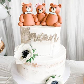 Bear Themed Baby Shower Cake