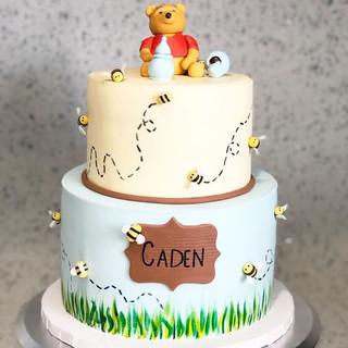 Winnie the Pooh Themed Cake