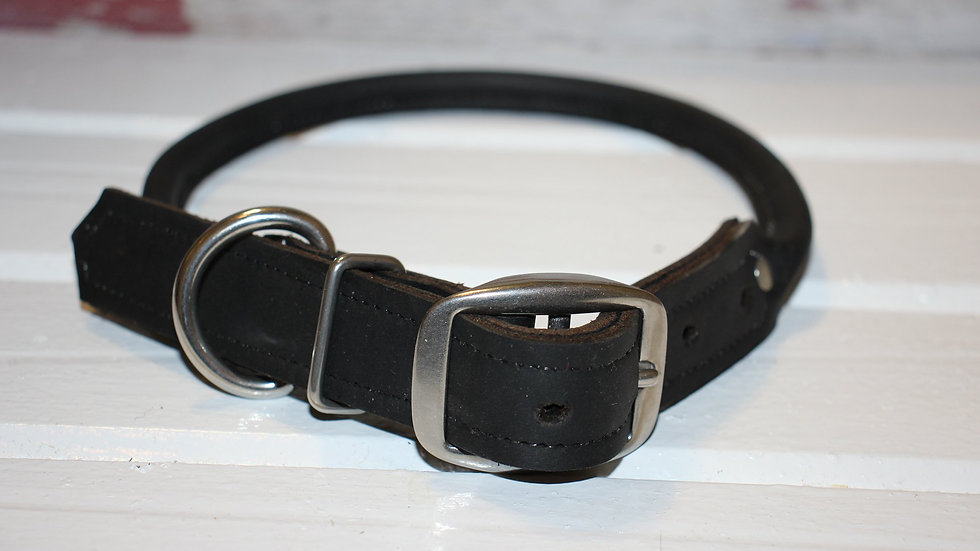 FB Rolled Leather Collar
