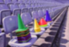 Markierungskegel, Unihockeyartikel und Trainingshilfen perfekt für Agility-Training im Schul- und Sportbereich.
