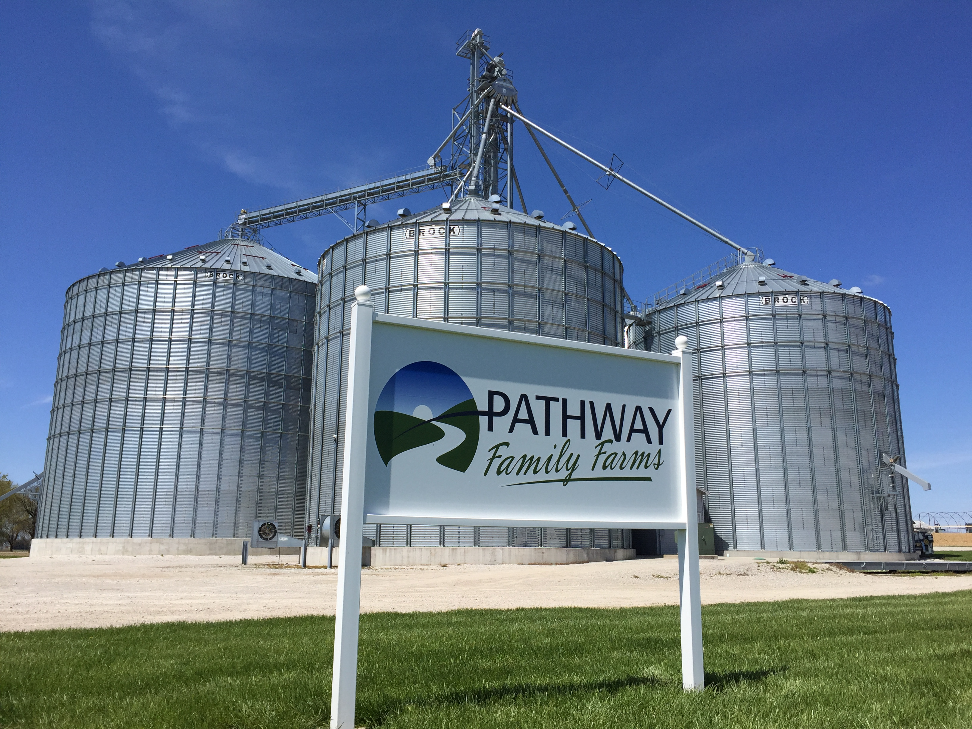 Pathway Family Farms Grain Bins
