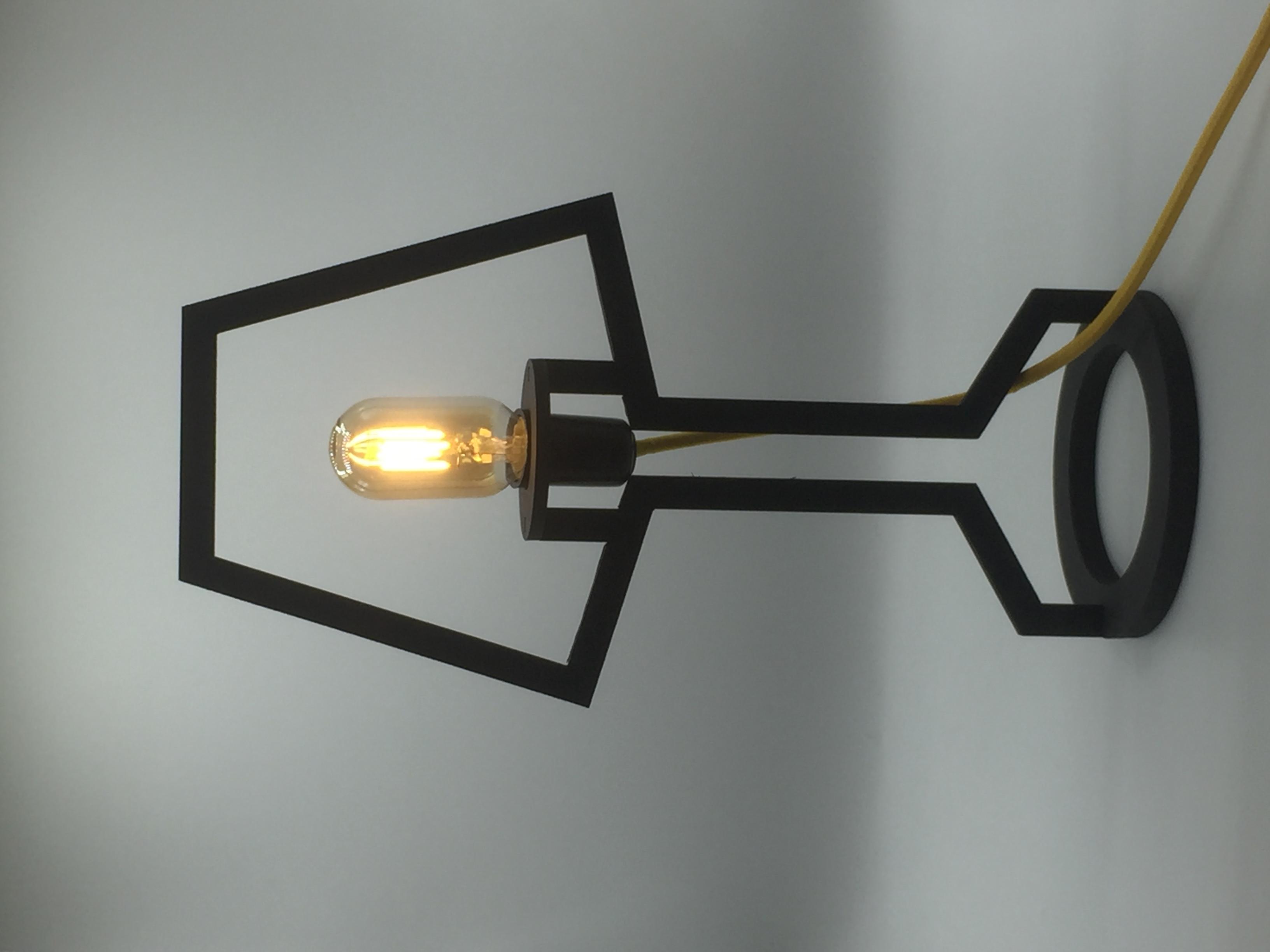 Luminária esqueleto