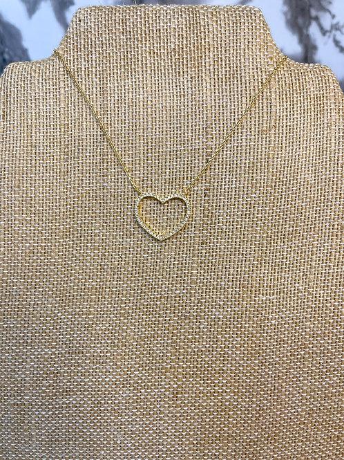 Hollow heart curb chain
