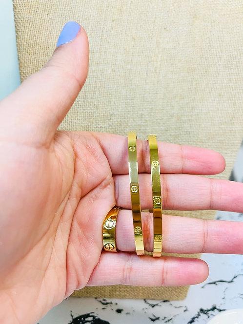 Yini's Bracelet