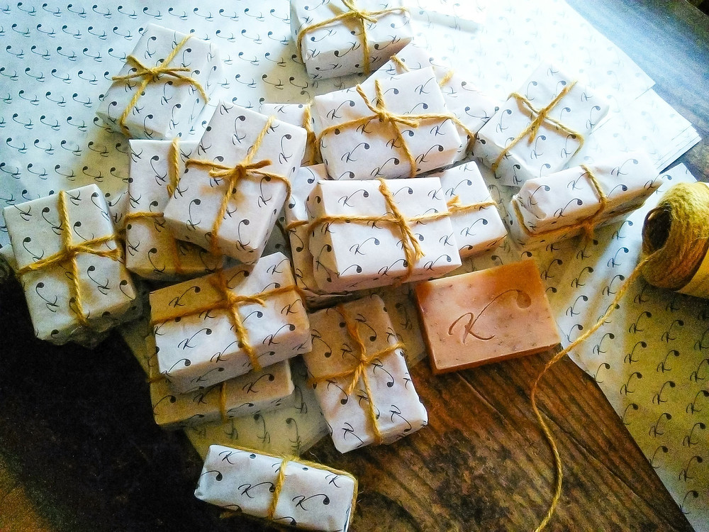 flatly-photography-wrapped-gift-soap-golden-twine-branded-paper