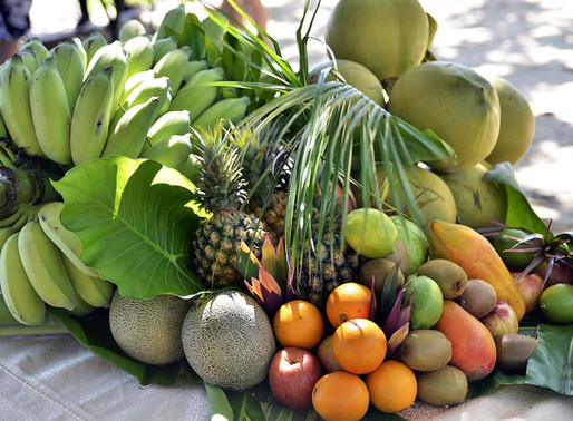 Top 5 tropical fruits for glowing skin