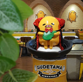 Gudetama Café FRP Decoration