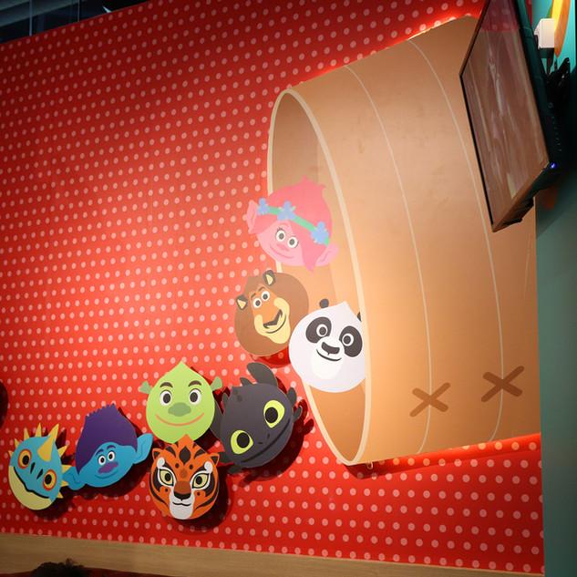 DW KouKou Café Interior Graphic