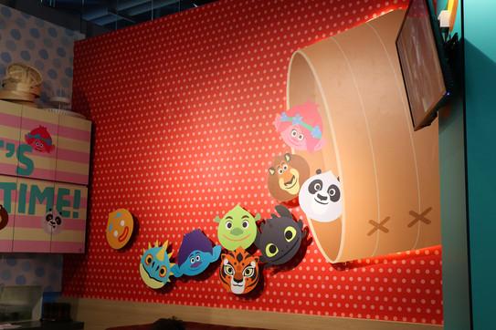 DW KouKou Café FRP Wall