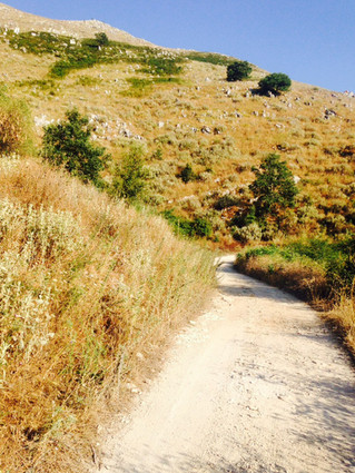 Hiking around Villa Voukithro in Corfu