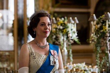 THE CROWN   Tercera Temporada. La Casa Real se prepara para el jubileo de la reina Elizabeth II