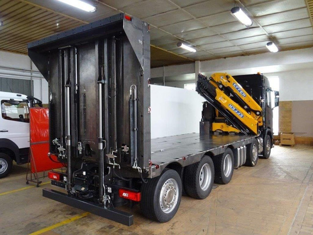 Produktion 3 – Scania Baustellentaxi