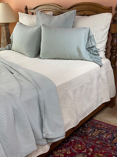 Peacock Alley Hudson King Blanket