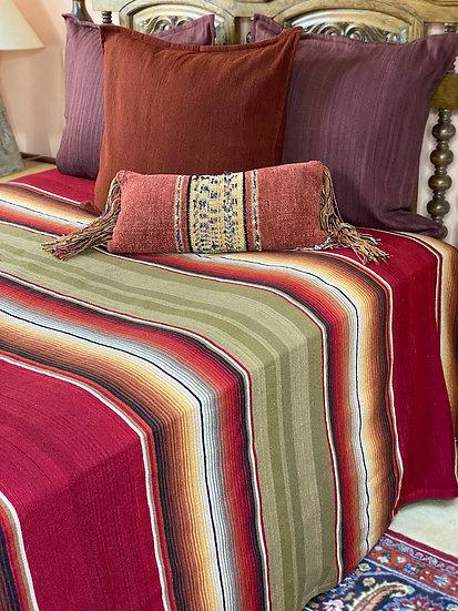 "Sergio Martinez wool bedspread ""Olive & Red"""