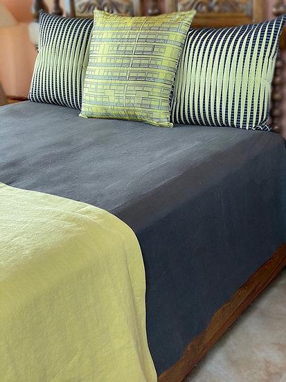 "Libeco ""Hudson"" bedcover/blanket"