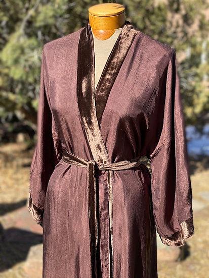 Reversible fine silk velvet brown robe from Vietnam