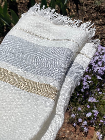 Libeco Belgian Oyster Stripe towel/throw