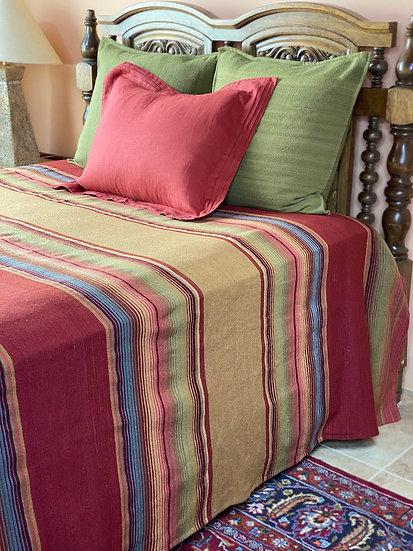 """Sergio Martinez wool bedspread """"Tierra y Rosa"""""""