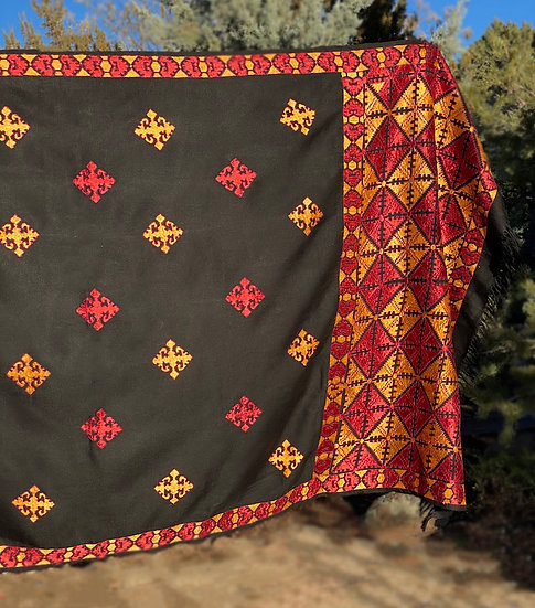Cotton throw/pashmina hand-embroidered in silk