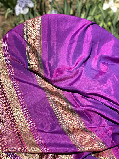 Gorgeous silk Indian Saris (many colors)