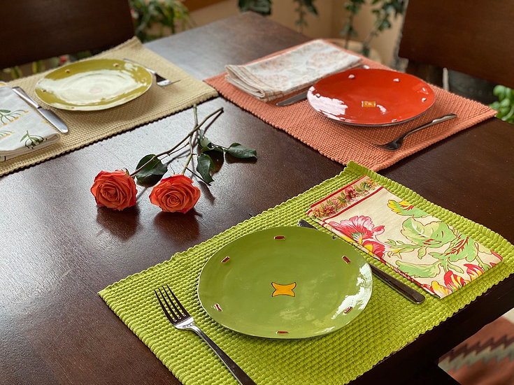 Woven placemat sets (many colors)