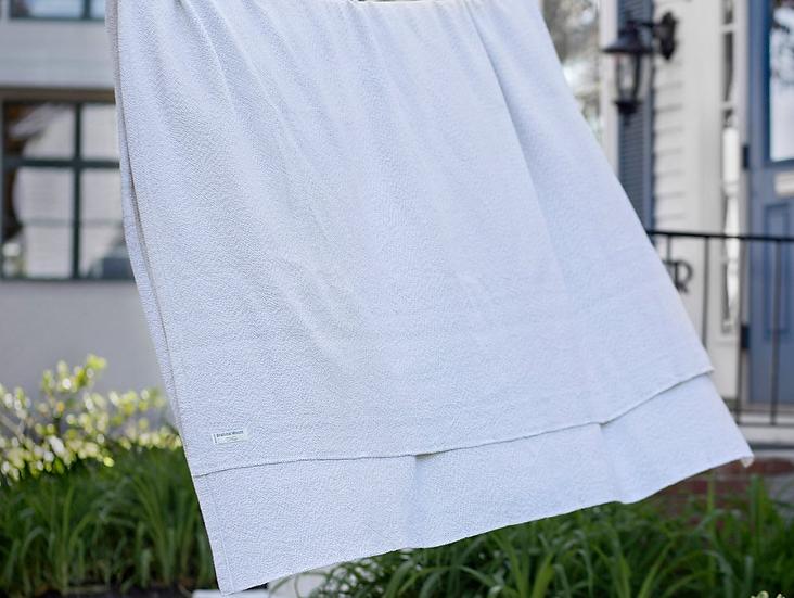 Brahms Mount Milo king cotton blanket