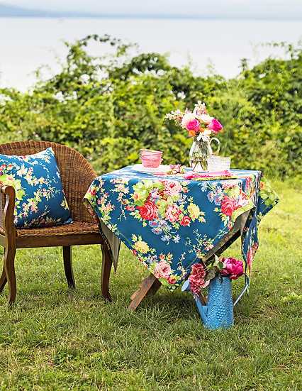 """April Cornell """"Cottage Rose"""" outdoor tablecloth"""
