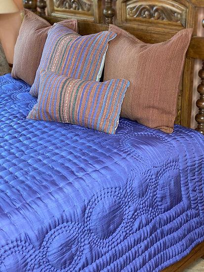 Reversible 100%  silk King quilt from Vietnam