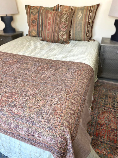 Fine wool throw/shawl from India
