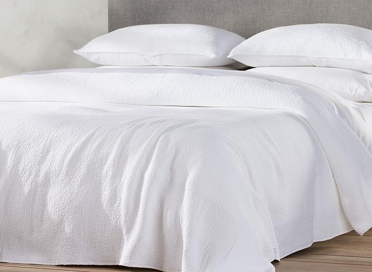 Coyuchi Cascade White organic cotton blankets/coverlets