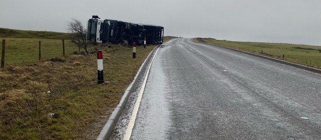 High sided vehicle asked to avoid A53 as lorry overturns in wind