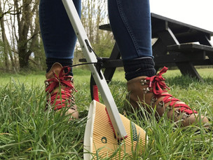 New litter picking kits help visitors to look after the Peak District National Park