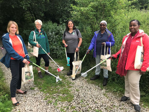 Partnership helps more people to tackle litter and look after the Peak District National Park