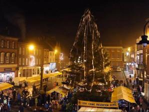 A return for twilight Christmas market