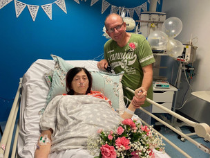 Cheddleton Couple tie the knot at Royal Stoke emergency department